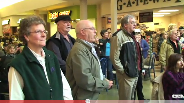 Flash Mob Sings Hallelujah Chorus In Food Court