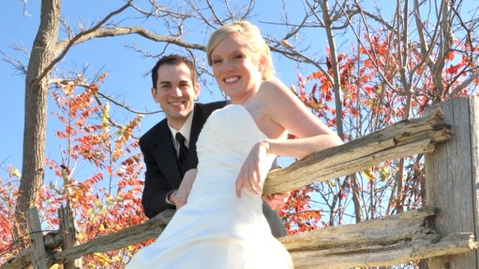 Brock alumni sweethearts, Bradley Walchuk (BA '07; MA '08) and Laura Harris (BA '07; MA '08)