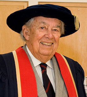 Roy Cairns at Spring Convocation in 2009