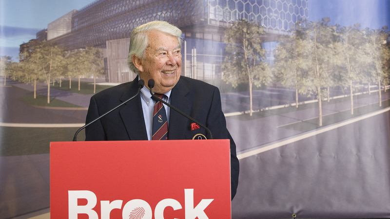 Roy Cairns speaks at his family's donation to Brock's new health and bioscience research centre, which now bears his name.