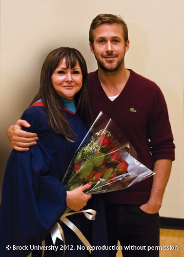 Hollywood actor Ryan Gosling attended the graduation of his mother, Donna, on Wednesday.