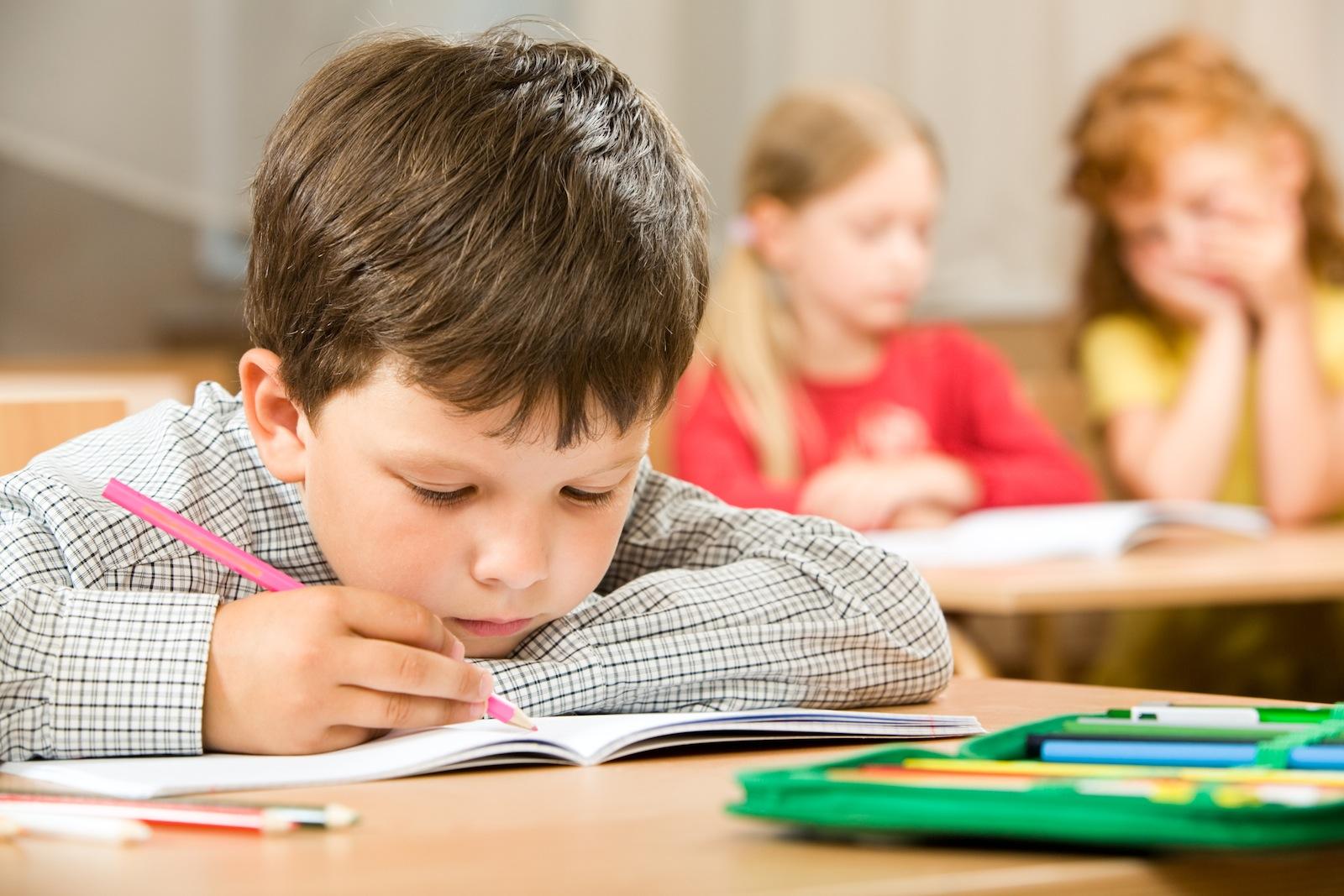 https://brocku.ca/brock-news/wp-content/uploads/2013/07/child-holding-pencil1.jpeg?0e4f1c