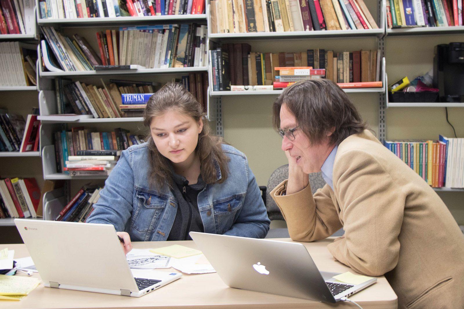 Mentorship program introduces high school students to university